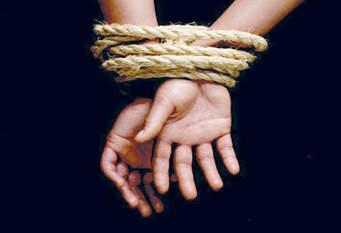 captive1